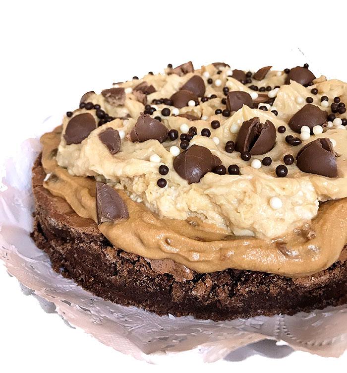Brownie Bon Praline Cakes